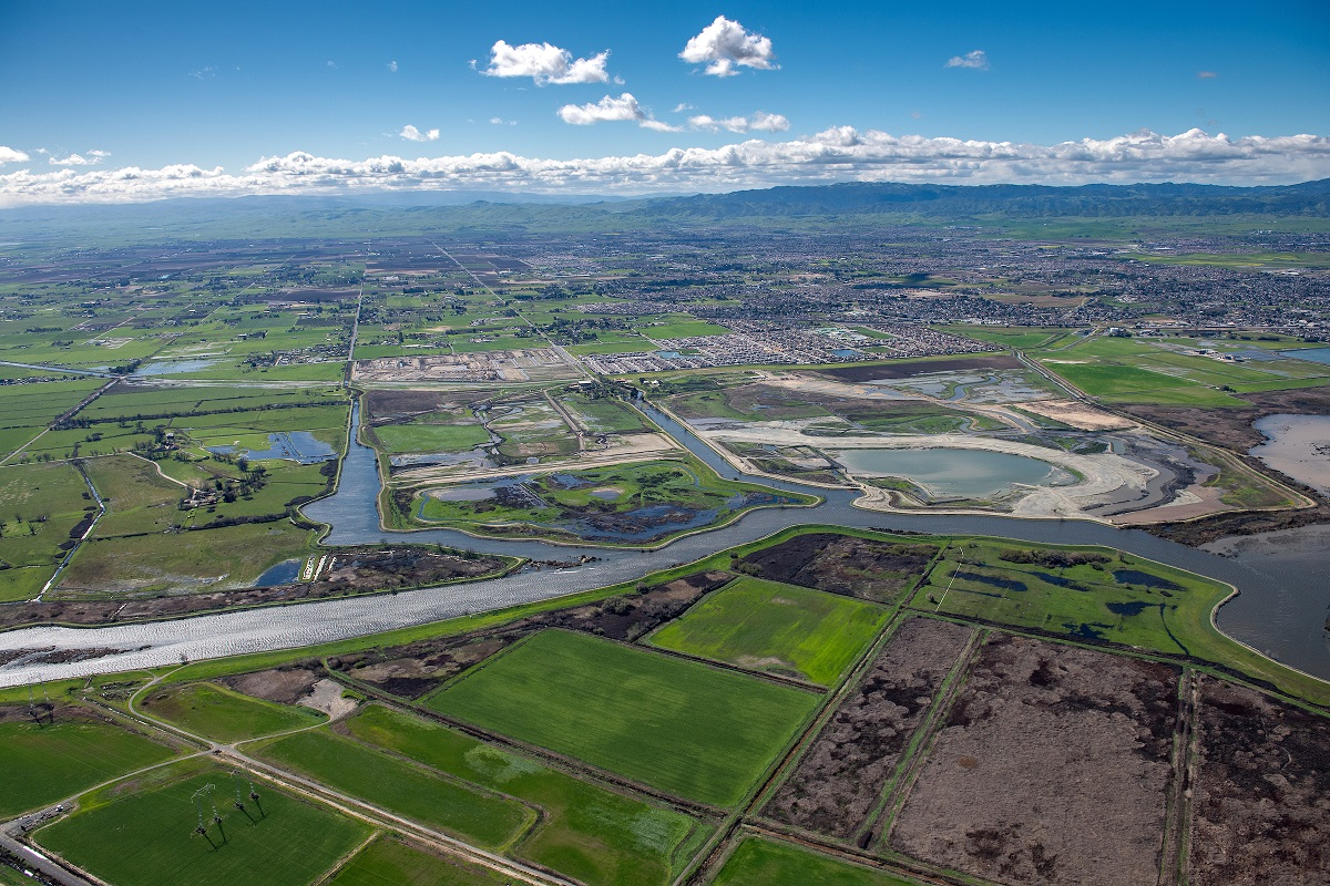 Aerial view Aerial view at 2500 feet looking south of the Dutch Slough Tidal Marsh Restoration Project the construction site, in the Sacramento-San Joaquin Delta near Oakley, California.  The restoration project implemented by the California Department of Water Resources will restore 1,187 acres into a tidal marsh to provide habitat for salmon and other native fish and wildlife. Photo taken March 08, 2018. Ken James/ California Department of Water Resources, FOR EDITORIAL USE ONLY Filename KJ_Delta_Aerials_1750_03_08_19.JPG Credit/Provider California Department of Water Resources Copyright Public Domain Uploaded 20 Mar 2019 Modified 20 Mar 2019 Date Taken 08 Mar 2019 Image Size 5568 x 3712 / 10.93MB